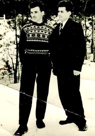 У. Хамхоев (слева)